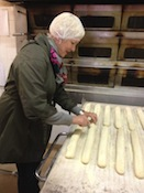 lynne_slicing_baguettes_TH