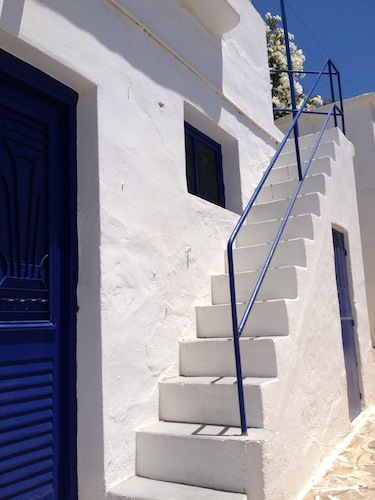 apollonia_stairs_med